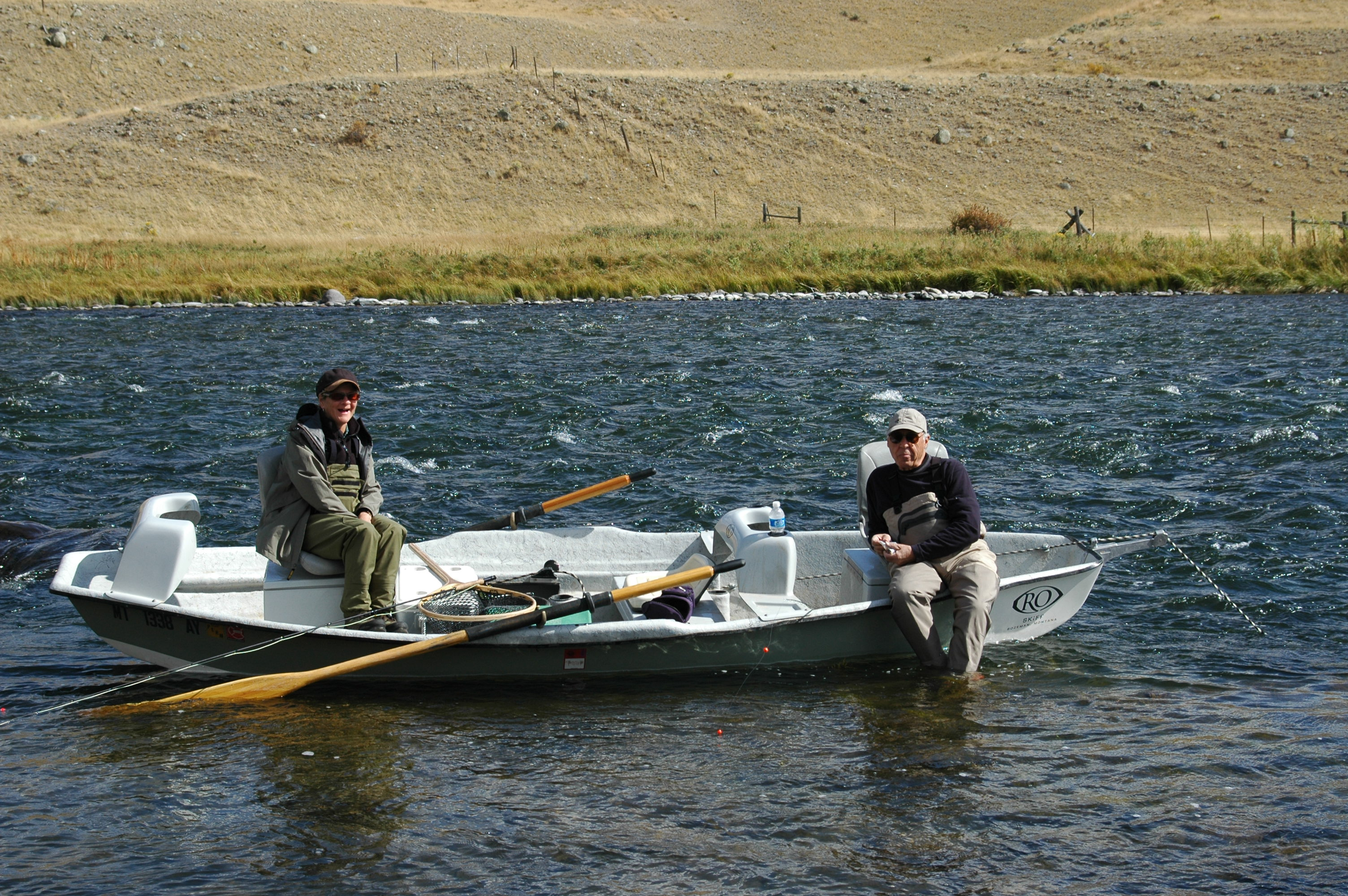 Fall fishing in montana montana fly fishing guides for Fishing in montana